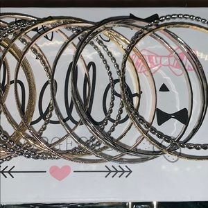 Lot of 15 silver and gold tone bracelets